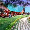 Bốn Biển Resort